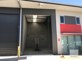 Industrial Unit in Secure Complex