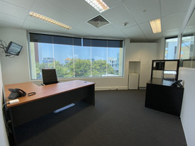Fully Serviced 37sqm* Office