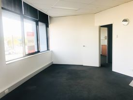 Sunnybank Hills QLD 52m2 office space for lease