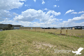 STANTHORPE - RARE INDUSTRIAL LANE - HUGE 3,900M2 IN BEST POSSIBLE PROMINENT POSITION