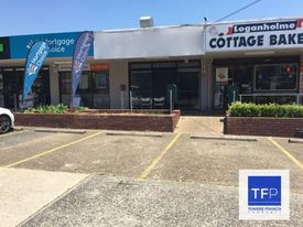 MAIN ROAD EXPOSURE!  - 78m2 RETAIL, OFFICE OR TAKEAWAY!