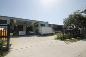 550sqm* Freehold warehouse in Thorneside