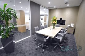 Central Location | Reception Services | Fitted And Furnished