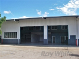 635m2* Great Value Office / Warehouse