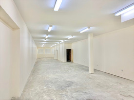 Refurbished First Floor Commercial Space