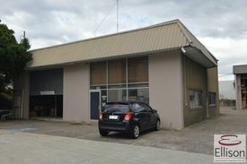 For Lease - 782 Sqm* Warehouse/ Office