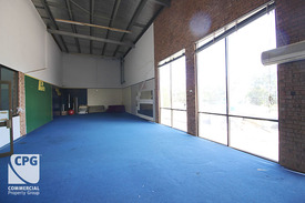 UP TO 3 MONTHS RENT FREE AVAILABLE - VERSATILE SPACE IDEAL GYM