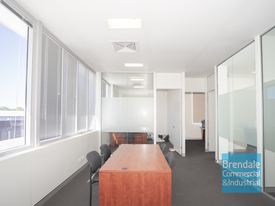 102m2 OFFICE OR MEDICAL SUITE