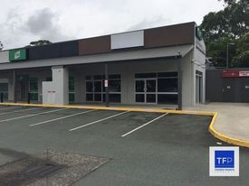 EXPOSURE 140M MULTI USE RETAIL OR OFFICE SITE! - ABUNDANT PARKING