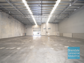 2,286m2 Industrial Warehouse With Office
