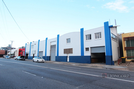 650m2 WAREHOUSE  SHOWROOM OPPORTUNITY