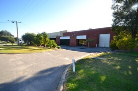 660sqm office warehouse on 1,050sqm of land