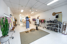 Retail Shop At Noosa Cinema Complex